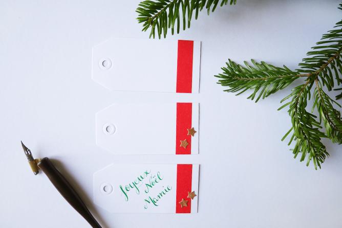Etiquettes cadeaux Noël - Calligraphique