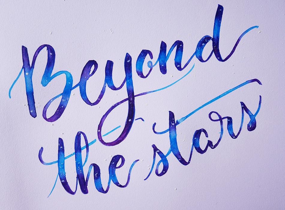 créer un effet galaxie en brush lettering - calligraphique