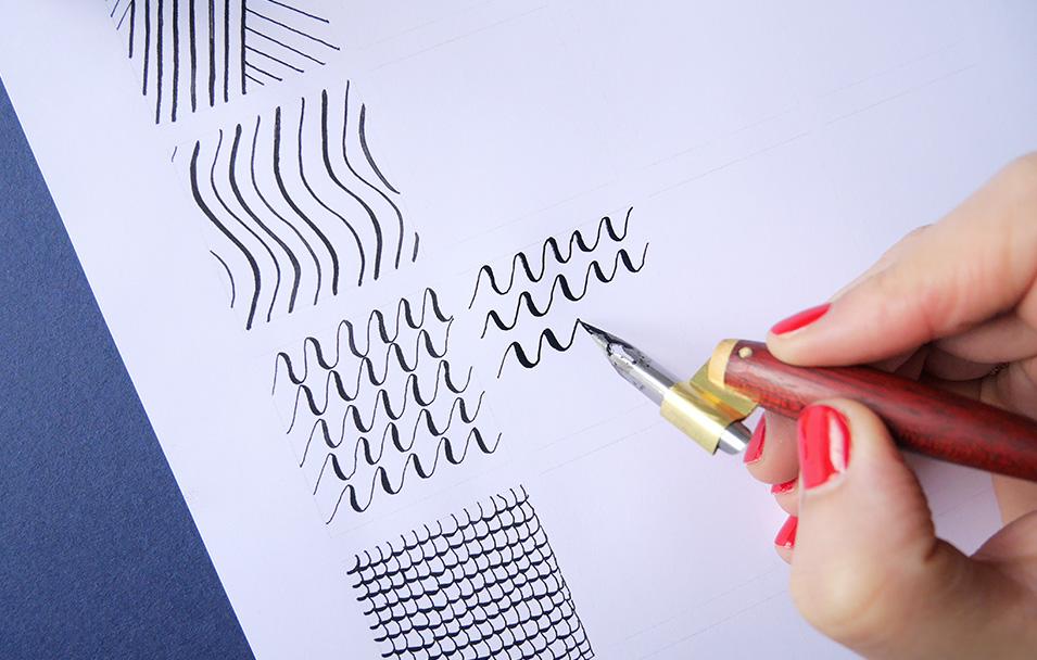 drills échauffement calligraphie et brush lettering - calligraphique