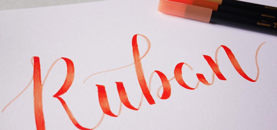 Effet ruban en brush lettering - calligraphique