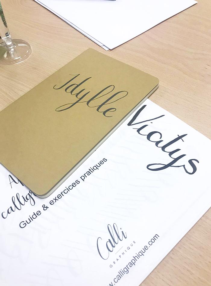 initiation brush lettering carnet – calligraphique