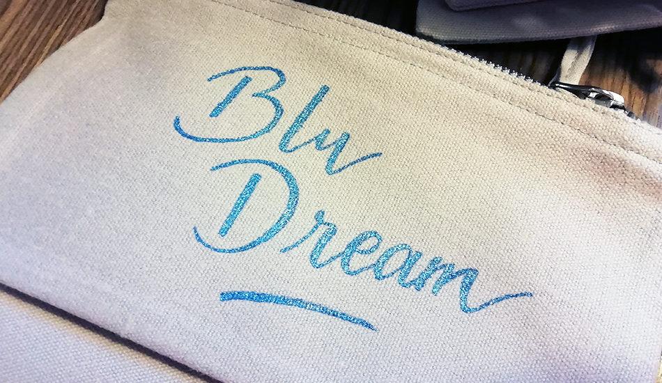 calligraphie sur textile pochette - calligraphique