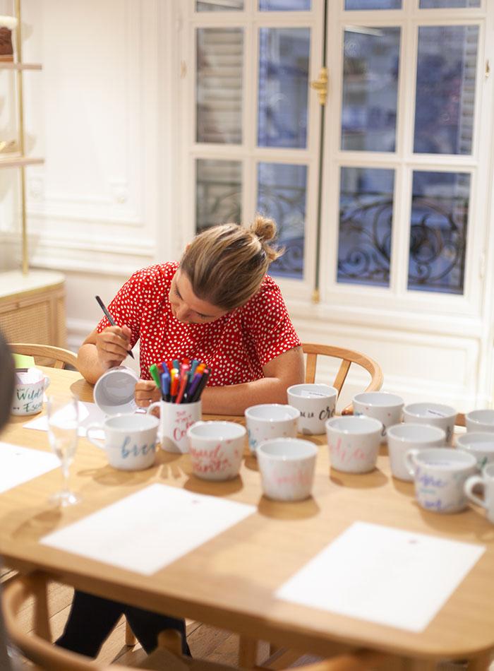 calligraphie sur mugs – bobbies Calligraphique